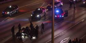 Auto atropella a dos mujeres durante una manifestación en Seattle