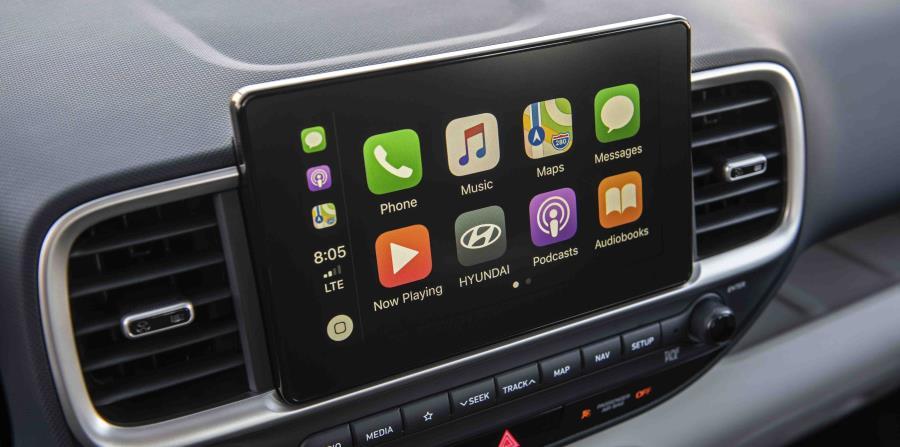 """La pantalla de 8 pulgadas incluye Apple CarPlay y Android Auto para una operación intuitiva de las funciones de """"smartphone"""" más comúnmente utilizadas. (Suministrada)"""