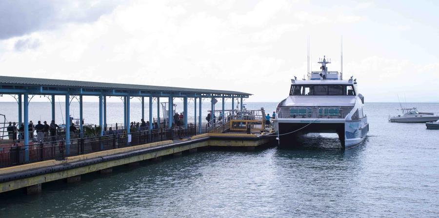 La directora de la ATM dijo que supieron de las piedras, presuntamente arrojadas a la bahía por dos camiones, luego de que la hélice de la embarcación Mr. Evans sufriera daños a principios de la semana pasada. (horizontal-x3)
