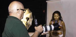 Alba Nydia Díaz le da vida a Frida Kahlo desde el teatro