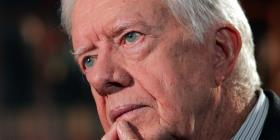 Jimmy Carter se recupera de cirugía encefálica