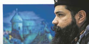 Un creativo boricua expone su arte en Orlando