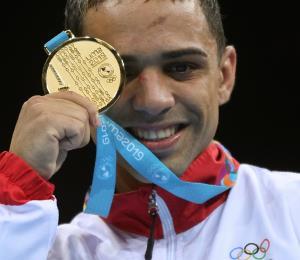 La Federación de Boxeo quiere que Oscar Collazo compita por un puesto para las Olimpiadas