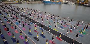 Yoga en el Viraat