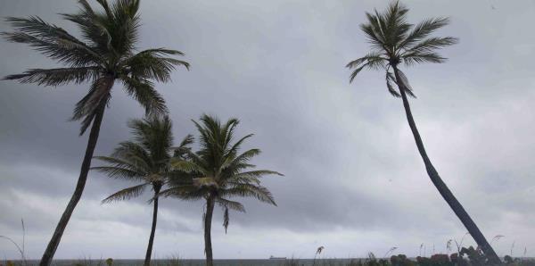 Declaran estado de emergencia en Florida por la tormenta Alberto