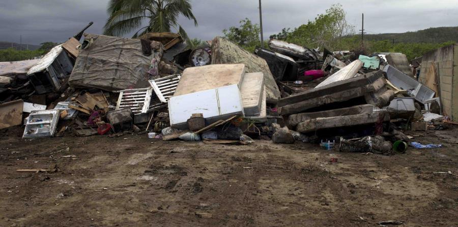 El gobierno de Puerto Rico ha pedido además extender otros 120 días la plena aportación federal medidas de protección de emergencia (categoría B). (horizontal-x3)