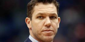 Demandan al entrenador de los Kings por abuso sexual
