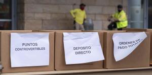 Antes del mediodía se agotaron los 300 turnos disponibles en la fila de desempleo del Centro de Convenciones