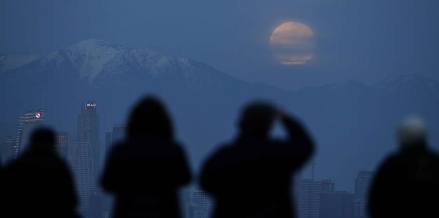 Así se vivió el eclipse lunar alrededor del mundo