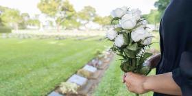 ¿Cómo enfrentar las muertes y manejar el duelo en tiempos del COVID-19?