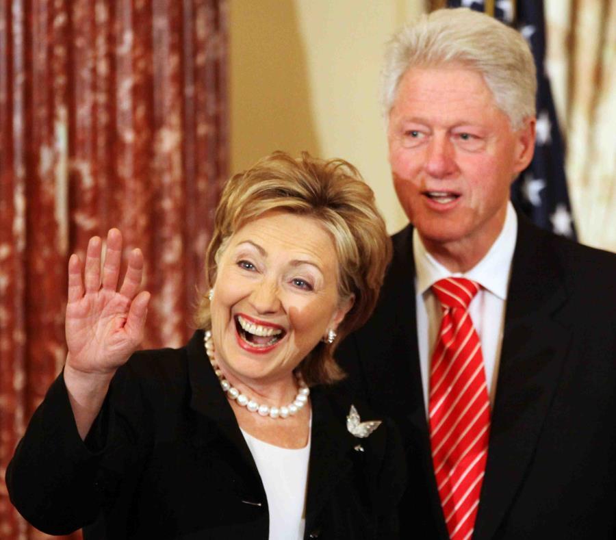 """Los Clinton serán anfitriones del evento en la isla """"Clinton Global Initiative Action Network"""". (AP) (semisquare-x3)"""