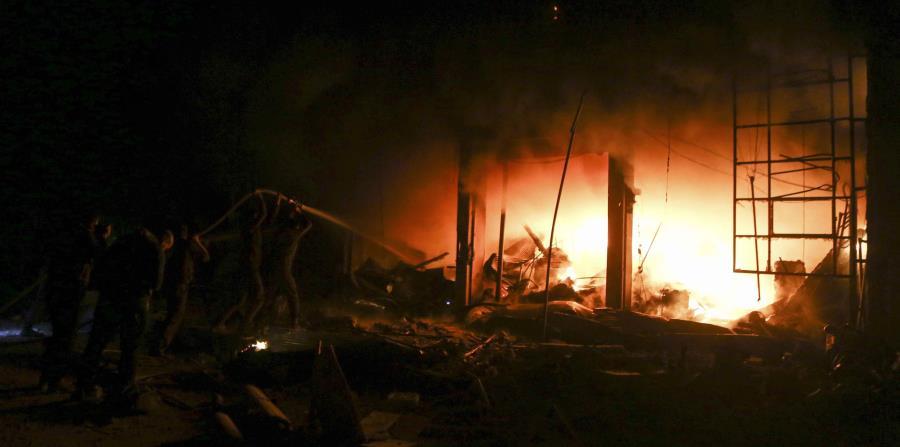 Ataque aéreo contra Cascos Blancos en Siria deja 8 muertos (horizontal-x3)
