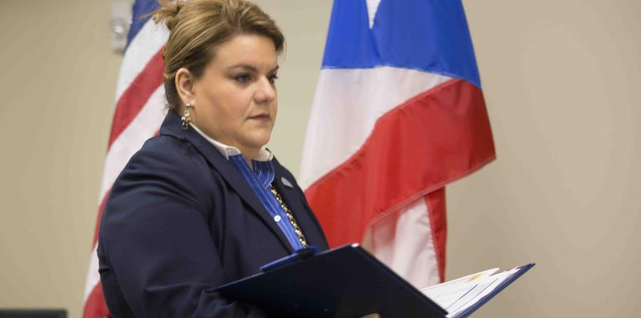 The resident commissioner in Washington, Jenniffer González, believes that a possible federal tax reform could be a chance for Puerto Rico to overcome its serious fiscal and public debt crisis. (horizontal-x3)