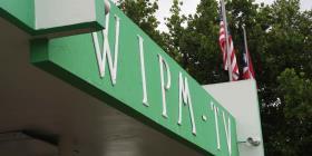 Cierran el estudio de la estación WIPM en Mayagüez