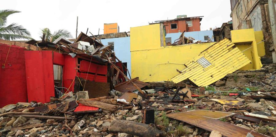 Varias casas en La Perla, en el Viejo San Juan, quedaron completamente destruidas. (horizontal-x3)