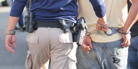 Arrestan a una mujer por agredir a su madre de 73 años