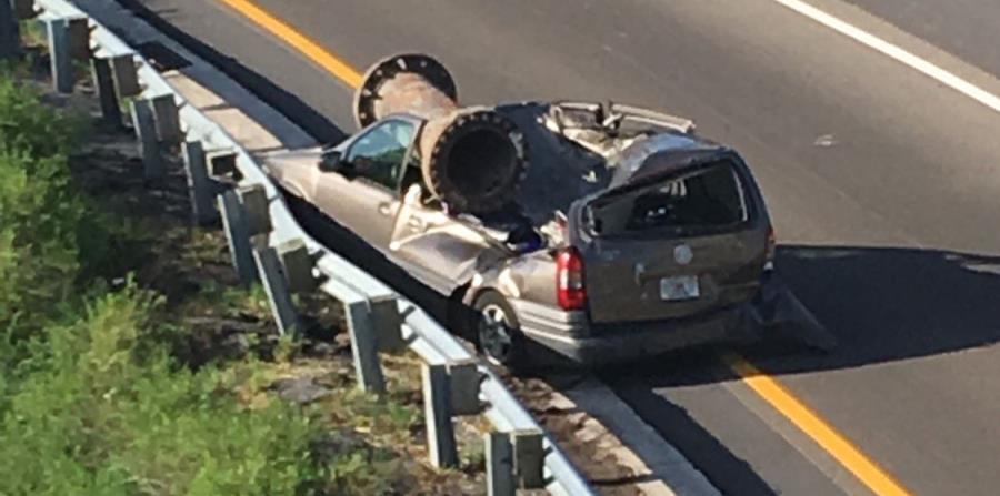 Un hombre sobrevive impresionante accidente en Florida (horizontal-x3)