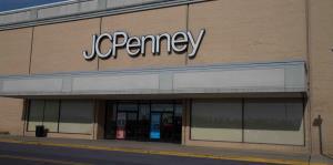 Las acciones de J.C. Penny se desploman tras renuncia súbita de su CEO