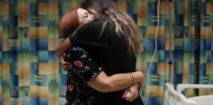 Conmovedor encuentro entre una madre que perdió a su hijo y la joven que recibió su corazón