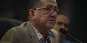 Rosselló comienza a recibir apoyo de alcaldes de su partido