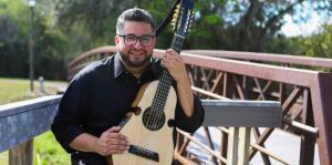 Quique Domenech rinde tributo a Juan Luis Guerra en nuevo disco