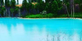El peligroso secreto que esconde este asombroso lago azul turquesa