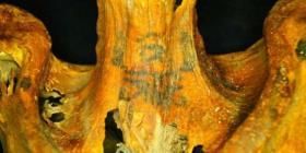 Detectan misteriosos tatuajes en momias femeninas con 3,000 años de antigüedad