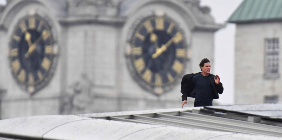 Parte de Londres se paraliza para escena con Tom Cruise (horizontal-x3)