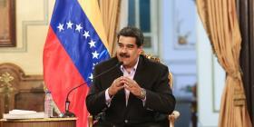 Maduro pide la renuncia a todos sus ministros para reestructurar su gobierno