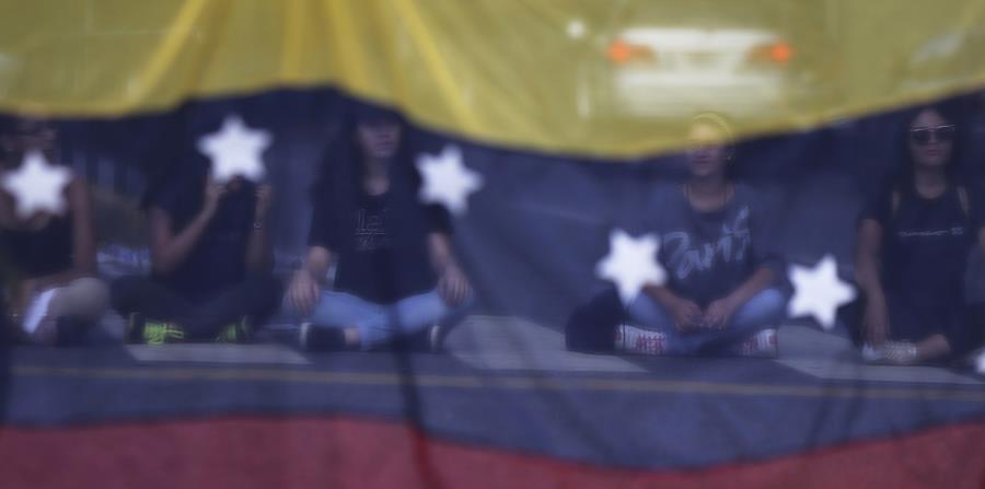 A partir del pasado 19 de abril, los opositores al gobierno de Nicolás Maduro convocaron una manifestación a nivel nacional. (horizontal-x3)