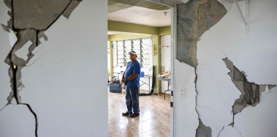 Las paredes de la residencia prácticamente explotaron con los movimientos telúricos.