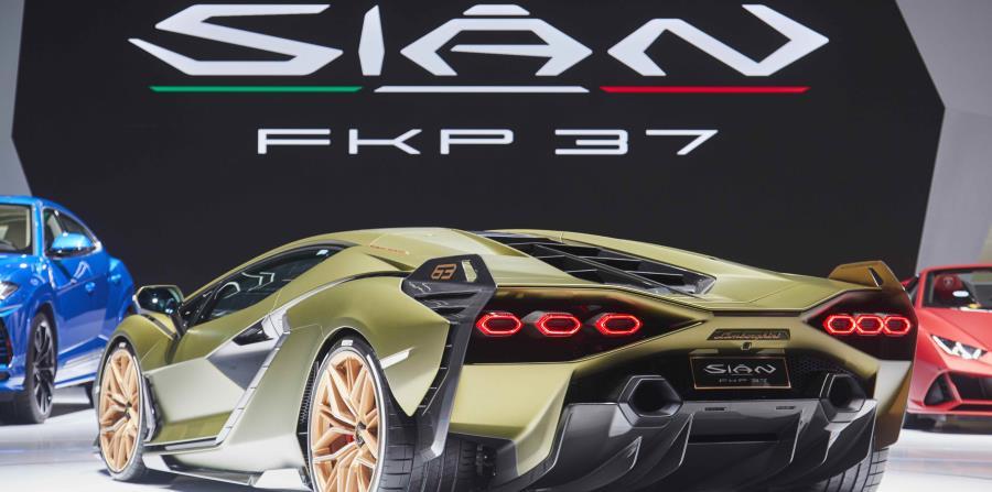 Esta edición limitada  está equipada con un enorme motor V12 que genera 785 caballos de fuerza. (Suministrada)