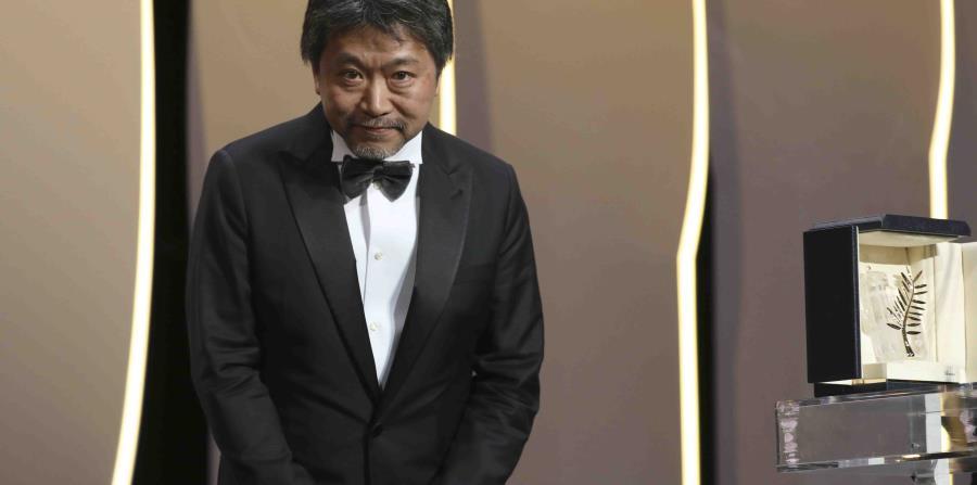 Japonesa Shoplifters Se Alza Con La Palma De Oro En Cannes El