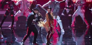 Coqueto junte de Daddy Yankee y Zuleyka Rivera en la apertura de los Premios Tu Música Urbano