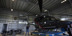 Arrestan a vicepresidente de compañía de helicópteros vendidos al gobierno