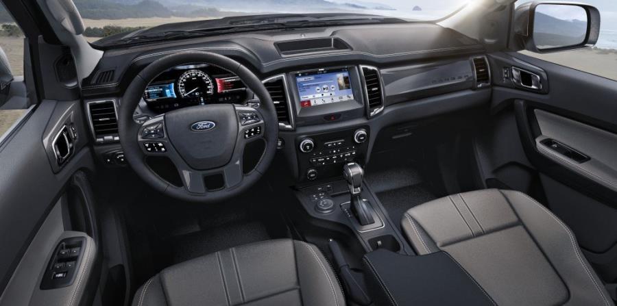 Las funciones SYNC 3 disponibles son compatibles con Apple CarPlay y Android Auto, Ford+Alexa y la navegación opcional.  (Suministrada)