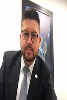 Exel J. López Vélez