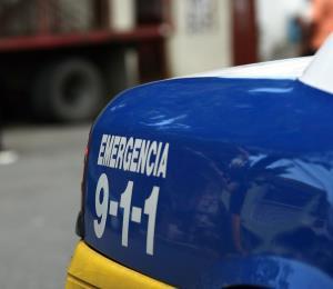 Se vuelca un vehículo en la PR-18 frente a Plaza Las Américas
