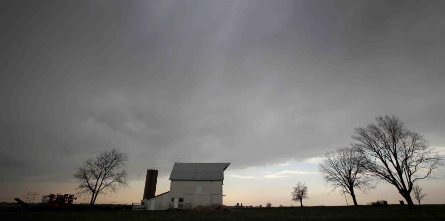 El cielo nublado sobre la ciudad de Baldwin, en Kansas (horizontal-x3)