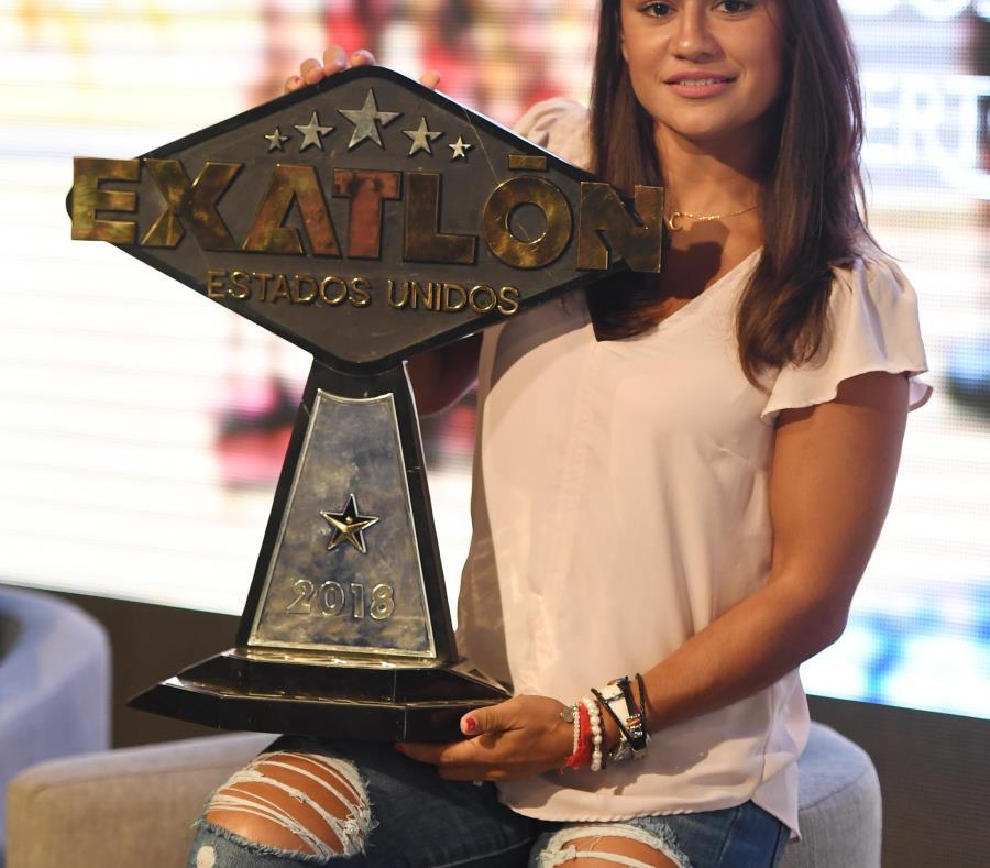 Marisela Cantú cargó con el trofeo de ganadora y un premio de $200 mil que utilizará para invertir en un negocio en México. (semisquare-x3)