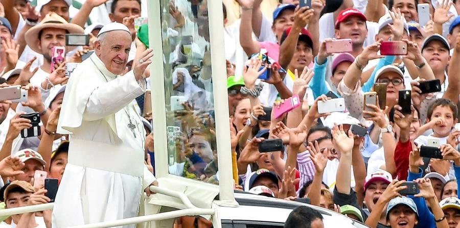 El papa Francisco viajó a Colombia, donde se expresó sobre el cambio en el clima del planeta. (horizontal-x3)