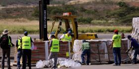 """Un representante de Guaidó dice que hay un """"tsunami humanitario"""" de ayuda a Venezuela"""