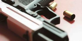 El Senado de Florida aprueba una medida para armar a los maestros