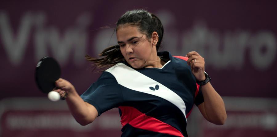 Adriana Díaz viene de perder en sencillos en la ronda de octavos de final en los Juegos Olímpicos de la Juventud en Buenos Aires. (Cortesía Copur) (horizontal-x3)