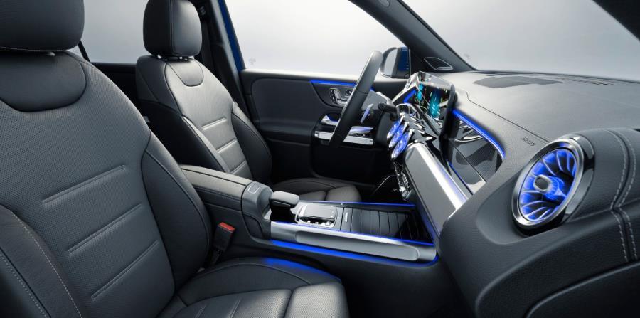 Mercedes-Benz trabaja en una cabina que incluye asientos que ayudarán a mejorar la circulación de la sangre en el cuerpo. (Suministrada)