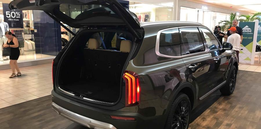Este modelo está equipado con tres filas de asientos. (Francisco Javier Díaz)