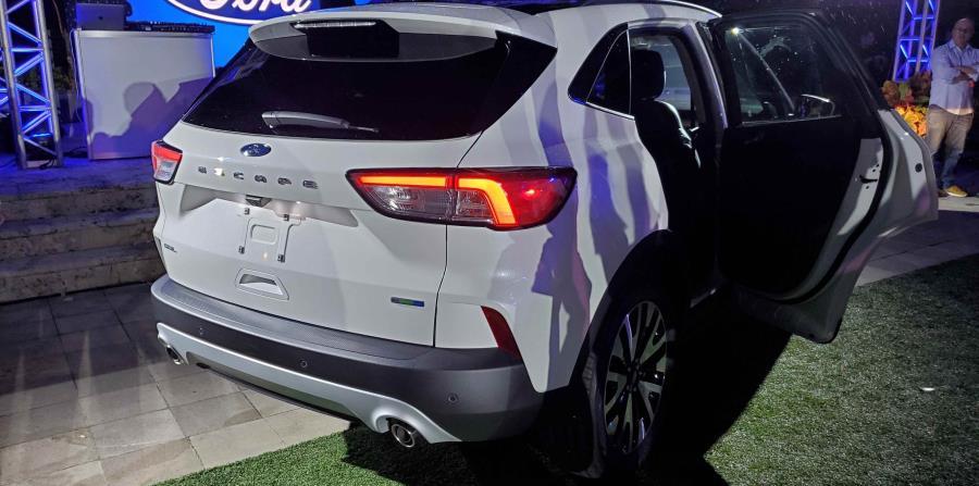 Los modelos equipados con EcoBoost cuentan una nueva transmisión automática de 8 velocidades para cambios suaves y receptivos. (Francisco Javier Díaz)