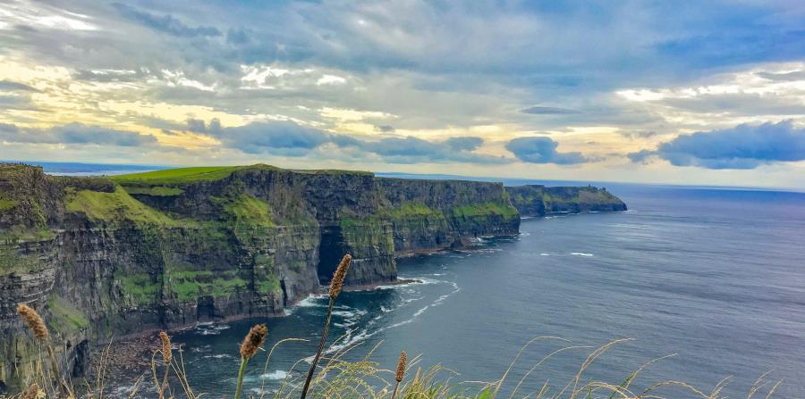 Irlanda ofrece un sinnúmero de paisajes espectaculares. (Unsplash)