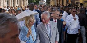 El príncipe Carlos y su esposa Camila recorrieron La Habana Vieja