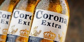 La cerveza Corona es víctima del coronavirus